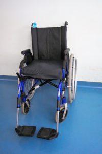 Rollstuhl- und Behindertentransport