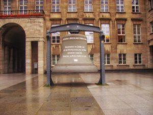 Glocke am Rathaus Bochum
